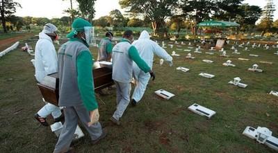 Brasil se reactiva con el coronavirus fuera de control
