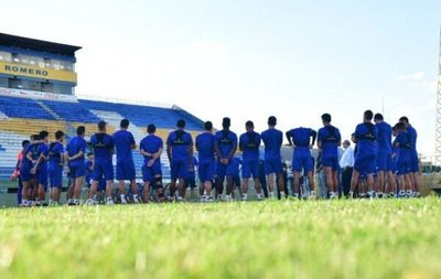 Futbolistas se niegan a hacerse prueba de Covid-19 ante falta de pago de salarios