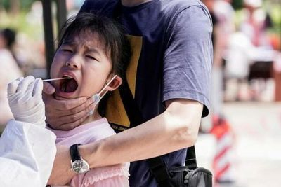 Wuhan descarta nuevos casos de COVID tras campaña masiva de tests