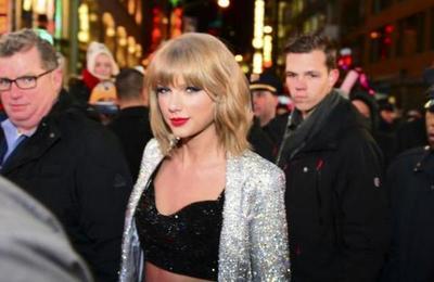 Taylor Swift con todo contra Donald Trump: 'Te echaremos en noviembre'