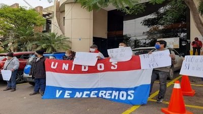 """Actúan como dictadores"", reclaman frente a la empresa Tu Quiniela Teete"