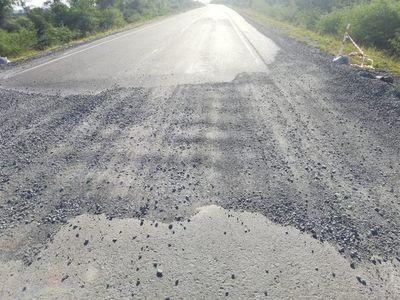 Ruta Villeta km 40-Alberdi aún no se inauguró y ya se llenó de baches