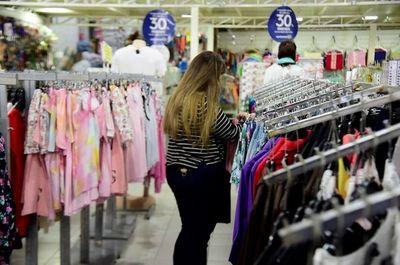 Utensilios de cocina se venden más que ropas, reportan locales comerciales