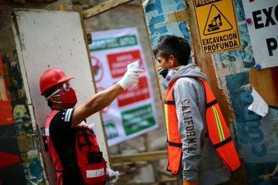 México alcanza nuevo récord diario de casos coronavirus, contagios no ceden