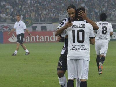 La broma de Salgueiro sobre el caso Ronaldinho