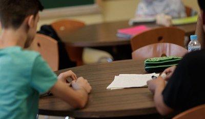 Anuncian despidos masivos en el sector privado de la educación