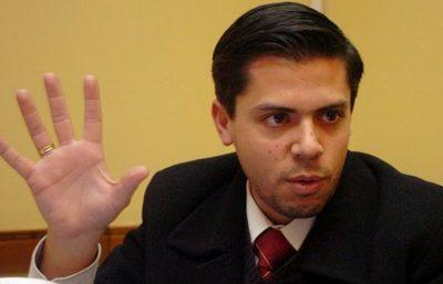 Cacavelos dice que el actuar del Ministerio Público en el caso Efraín Alegre fue muy endeble