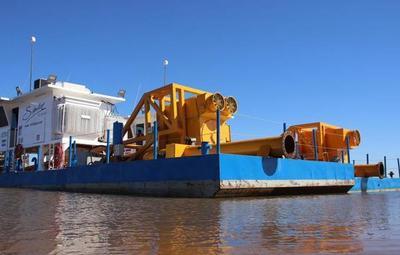 Llegaron dragas para la construcción de la Defensa Costera de Pilar