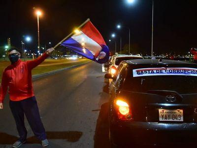 Caravana contra la corrupción: Exigen castigo a responsables de negociados en pandemia