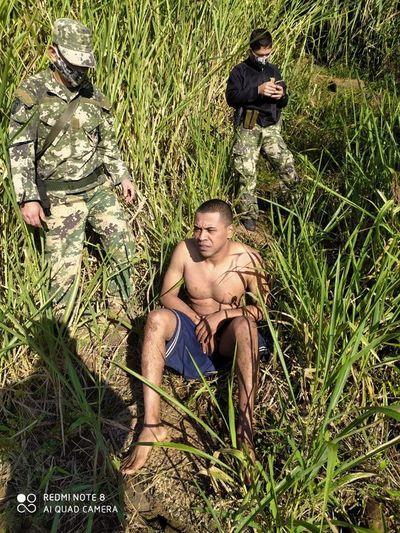 Brasileño detenido tras cruzar a nado el río Paraná