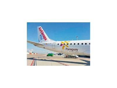 Estado pagó 6 pasajes en el vuelo que sale hoy de Madrid