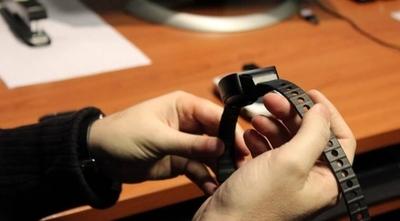 HOY / Analizan implementar pulseras electrónicas a paraguayos que llegan del exterior