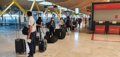HOY / Más de 300 compatriotas llegan hoy de Madrid