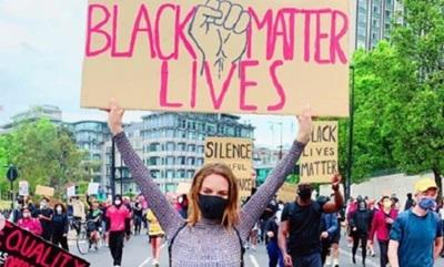 En Londres, Ana Livieres se manifiesta a favor de los derechos de las personas afrodescendientes