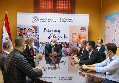 Industria textil nacional proveerá de batas quirúrgicas al Ministerio de Salud