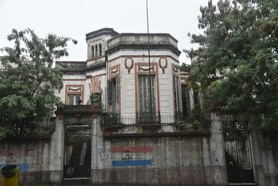Tras años de abandono, anuncian la restauración de la casa de Serafina Dávalos
