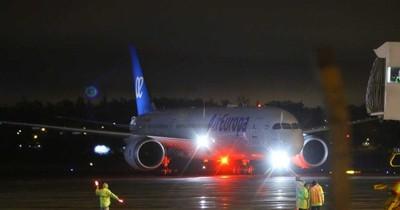 Llegó vuelo humanitario con 337 connacionales procedentes de España