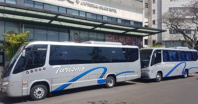 Transportistas de turismo critican a Dinatran por priorizar a grandes empresas