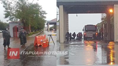 ARGENTINOS COMENZARON A REGRESAR A SU PAÍS POR POSADAS