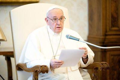 """Papa lamenta el """"saqueo"""" del planeta y pide un mundo """"más habitable"""" y """"humano"""""""