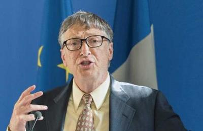 Bill Gates responde a las teorías conspirativas sobre microchips y coronavirus