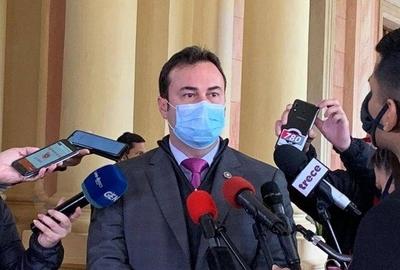 """HOY / IPS manda a cuarentena remedios """"truchos"""" y abre sumario"""