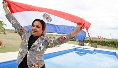 """Yren Rotela desmintió que su té vuelva """"travesti"""" a las personas"""