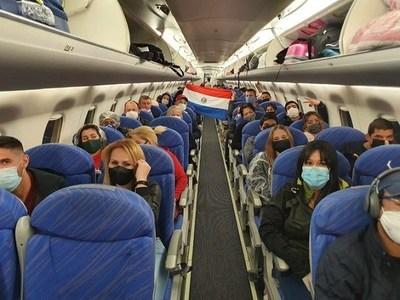 Más de 5.300 connacionales ingresaron al país y se anuncian más retornos