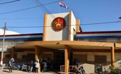 HOY / En penitenciarías de Tacumbú y Buen Pastor dan cátedras universitarias