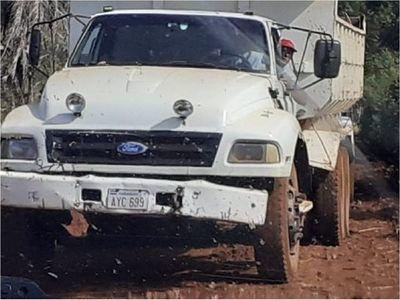Concejal denuncia supuesto uso irregular de maquinarias de la Gobernación