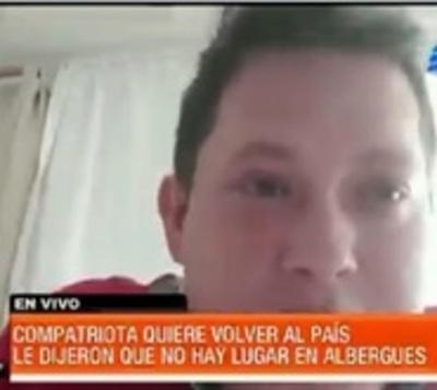 Compatriota denuncia que lo excluyeron por no poder pagar albergue