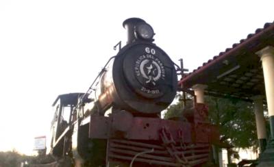 HOY / Realizan primer ensayo de encendido del viejo tren en Ypacaraí