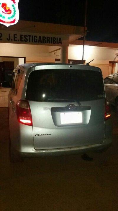 Logran recuperar auto robado en Campo 9