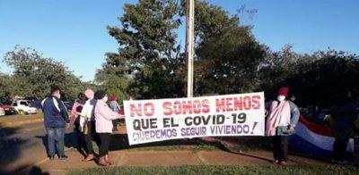 """Paciente Oncológica Caaguaceña exigen bloque en Hospital para continuar sus tratamientos: """"Somos víctimas colaterales del COVID»"""