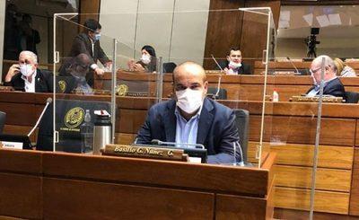 Bachi Núñez ve como positivo falta de matrícula de Rivas