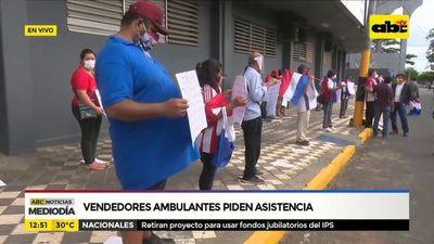 Vendedores ambulantes piden asistencia