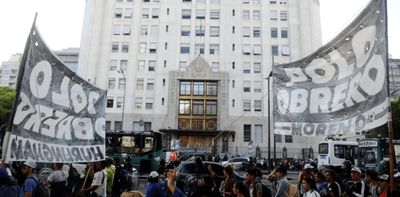 """Argentina: Piqueteros marchan en cuarentena """"para garantizar"""" la cuarentena"""