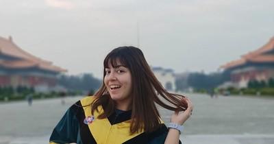 Paraguaya sobresaliente: Aprendió chino, se graduó en Taiwán y les enseñó la danza de las botellas