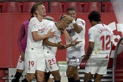Sevilla gana 2-0 al Betis en la vuelta de la Liga