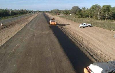 Los primeros metros de asfalto en renovada ruta