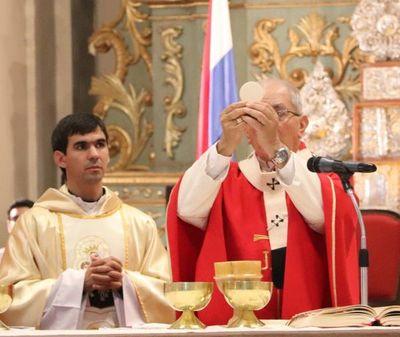 Iglesia Católica pide permitir más de 20 participantes en la misa