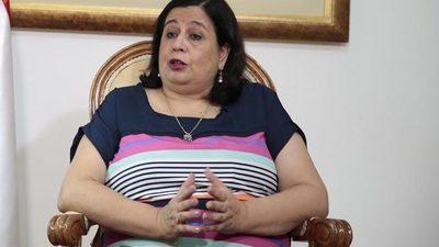 Cuando hablábamos de hipocresía... llegó Esperanza Martínez