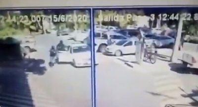 Reportan asalto tipo comando en estacionamiento de shopping