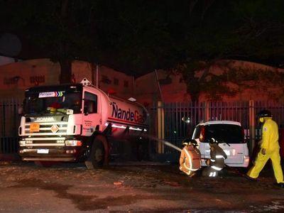 Un fallecido y varios heridos por explosión de camión de gas