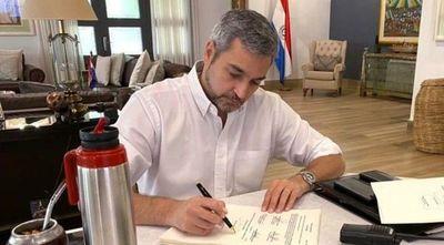 Mario Abdo vetó ley que habilita a falsear declaraciones juradas