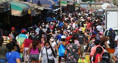 Perú ya es el segundo país con más casos de coronavirus en América Latina y preocupa la reapertura