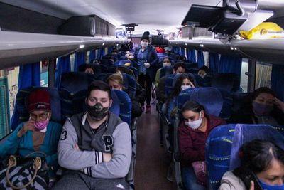 Unos 1.800 paraguayos están esperando volver desde Argentina