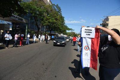 Médicos protestaron por retraso en el cumplimiento de jerarquización salarial