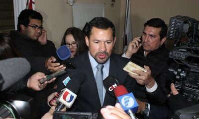 Con acusación anulada, Ulises Quintana  espera salir de su injusta prisión