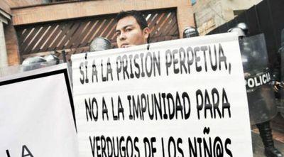 Colombia aprueba cadena perpetua a violadores de menores de edad